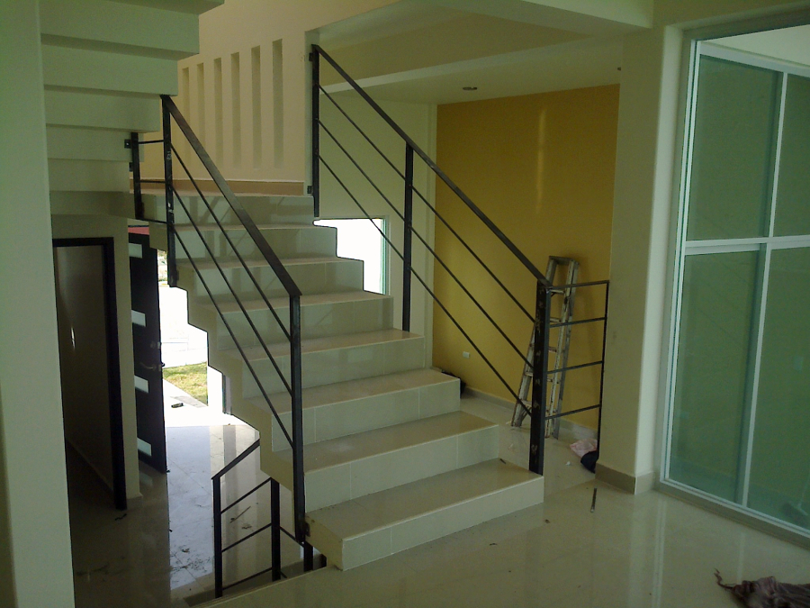 Foto barandales de arq elvis mendieta 5794 habitissimo - Barandales modernos para escaleras ...