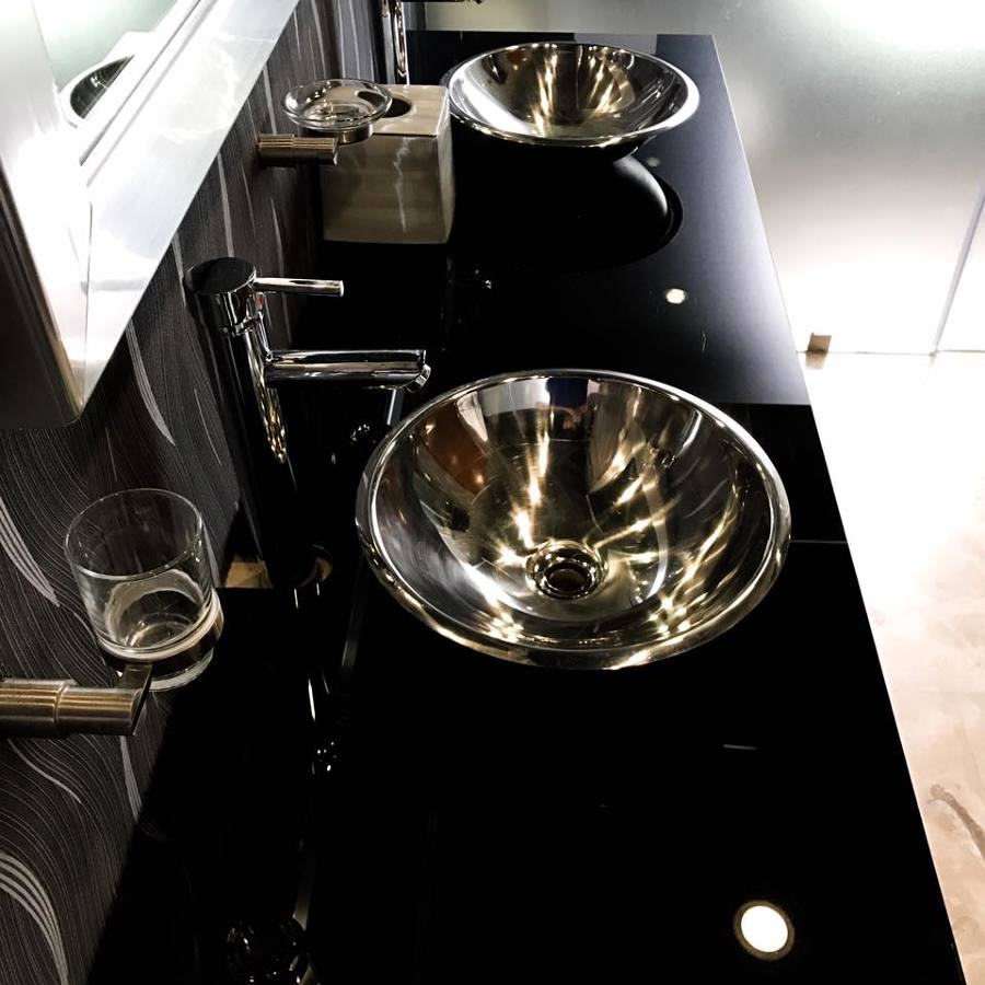 Barra lavamanos