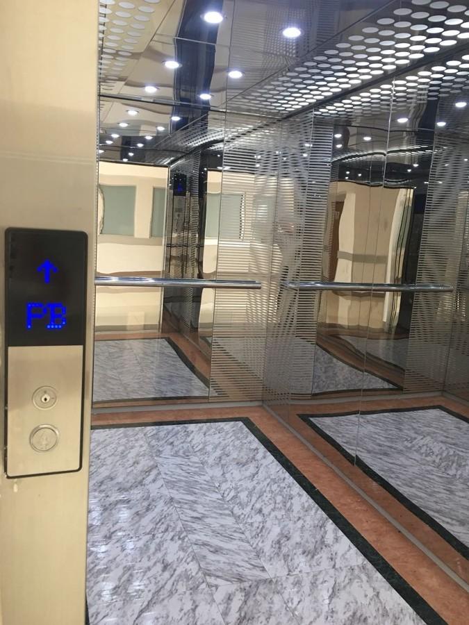 Cabina elevador camillero