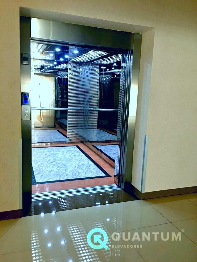 Cabina elevador camillero Vitalium