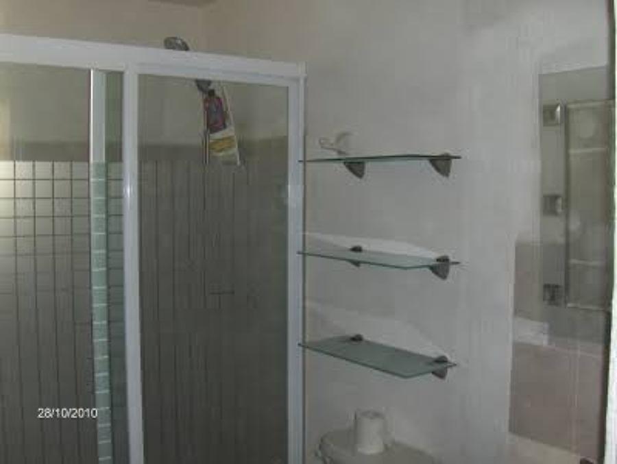Vidrio y aluminio alumart ideas canceler a aluminio for Canceles de bano templados