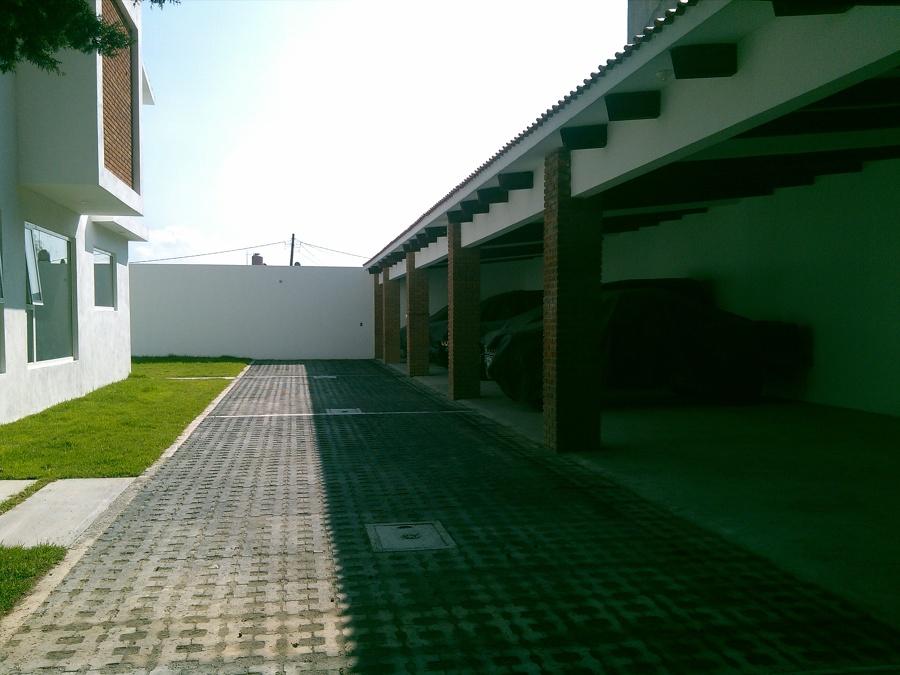 Casa Bugambilias