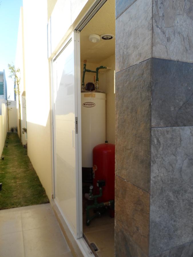 CASA CONSTRUIDA EN PARQUE LIMA