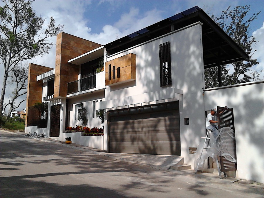 Foto casa estilo minimalista de servicios integrales en for Casas pequenas estilo minimalista