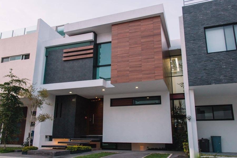 Casa P M C