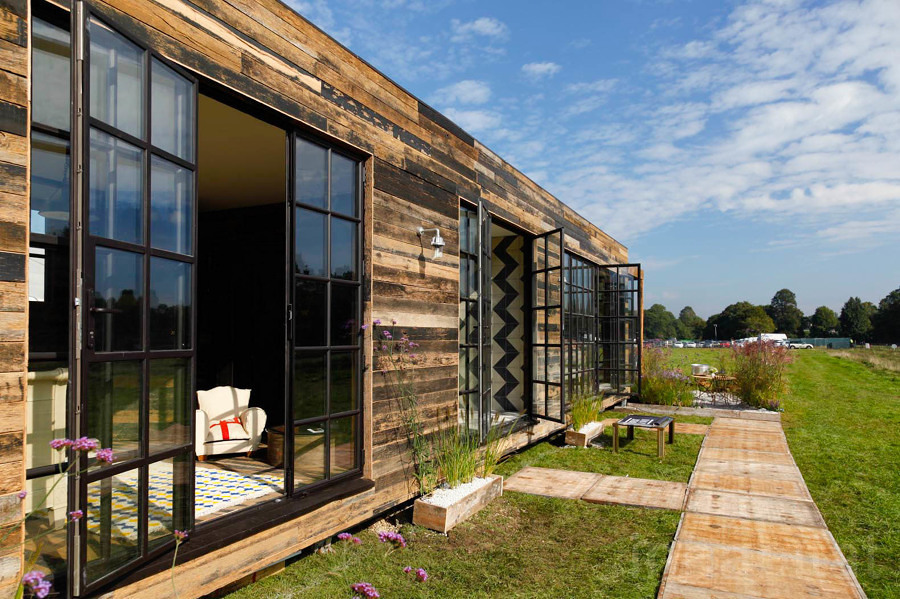 Casa prefabricada con tablones de madera