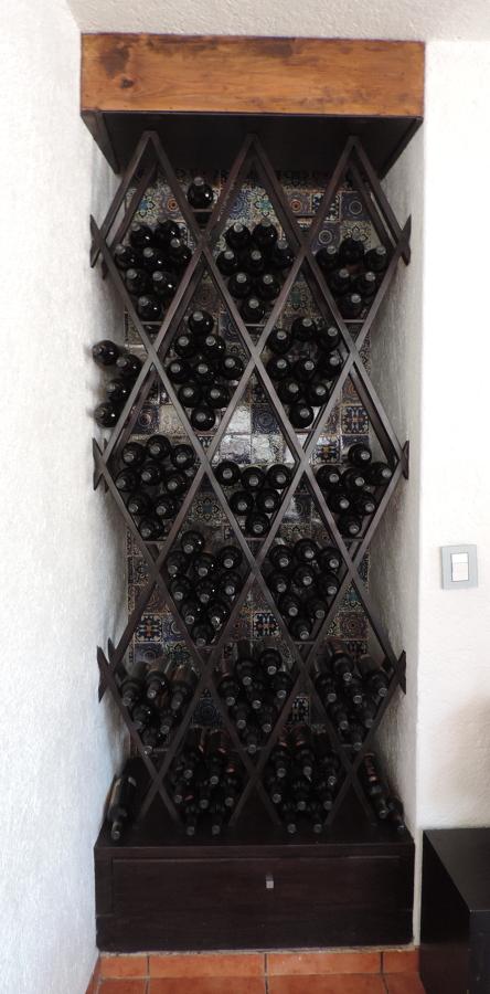 Cava metepec ideas dise o de interiores - Cavas de vino para casa ...