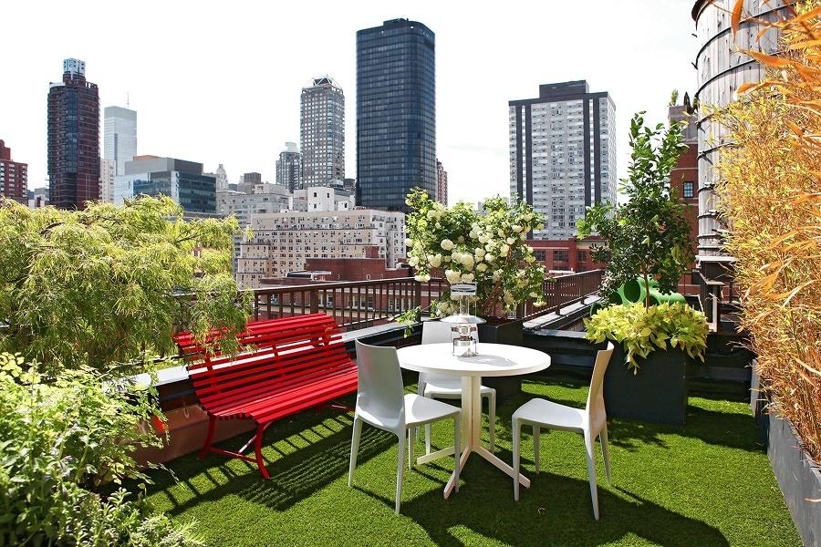 Foto terraza con c sped artificial 175328 habitissimo - Cesped artificial terraza ...