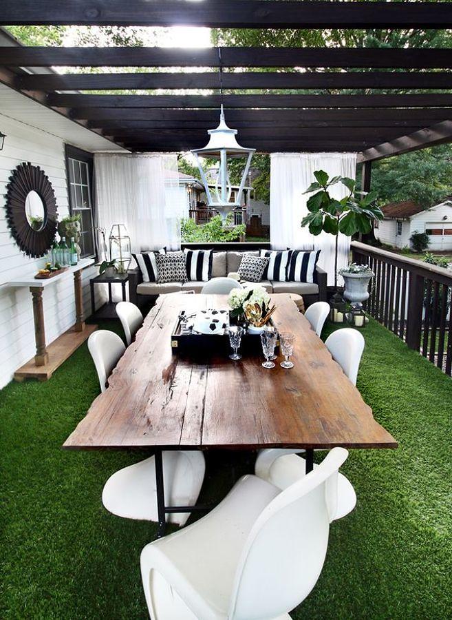 Pasto sintético en la terraza