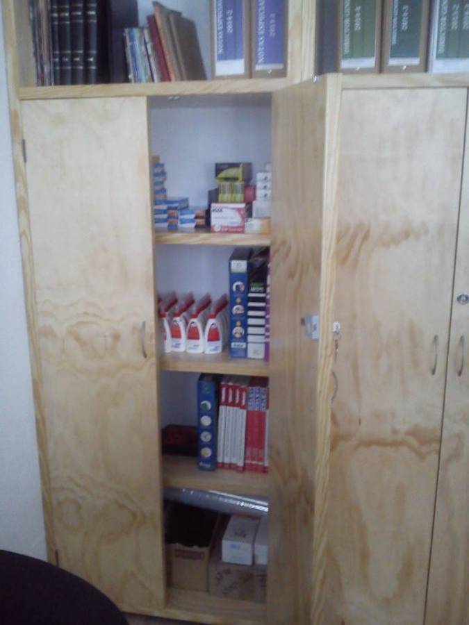 Clóset-Archivero para oficina