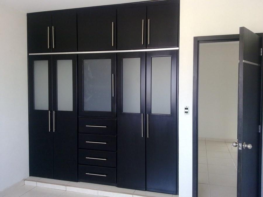 Foto closet con vitrales en color negro de muebles finos for California closets mexico