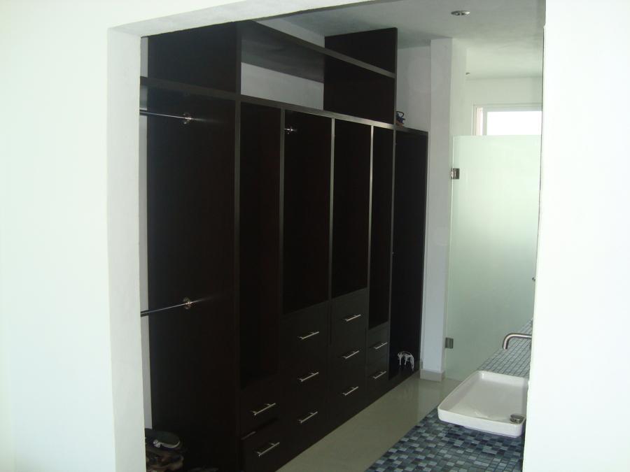 Foto: Closet Vestidor y Baño de Orsal Arquitectos #148650 ...