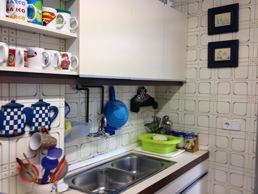 Cocina con azulejos antiguos