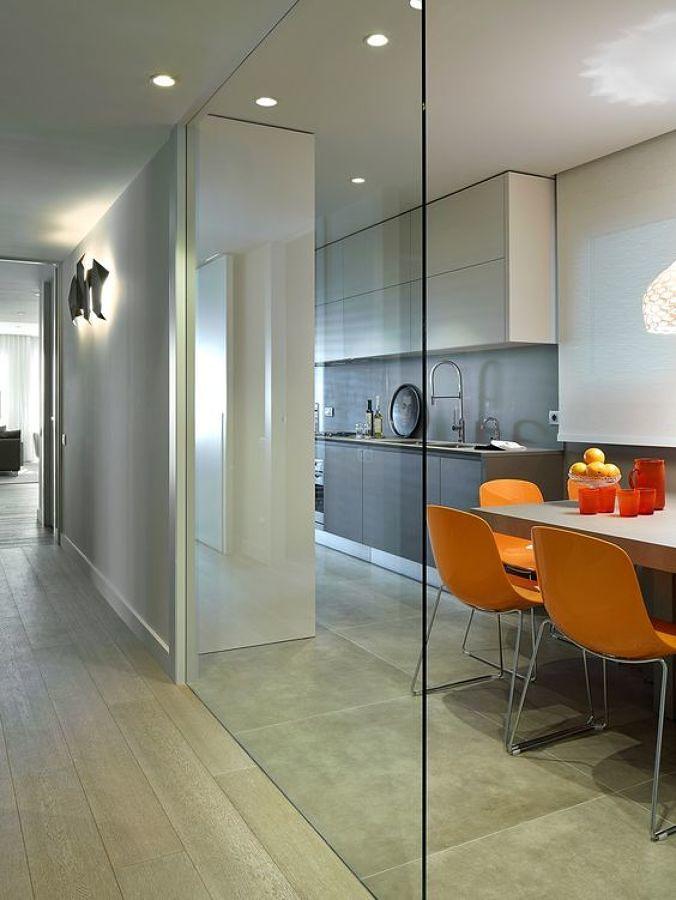 Foto cocina con cerramiento de vidrio 275486 habitissimo for Muro cristal