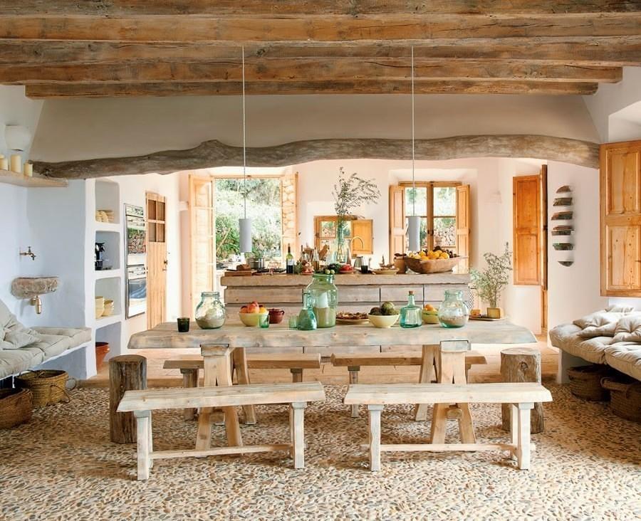 Cocina rústica con piso de piedra