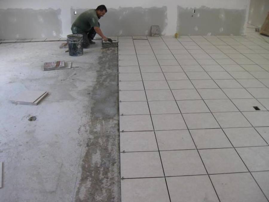 Colocacion de azulejo y loseta ideas construcci n casa - Como pegar losetas de piso ...