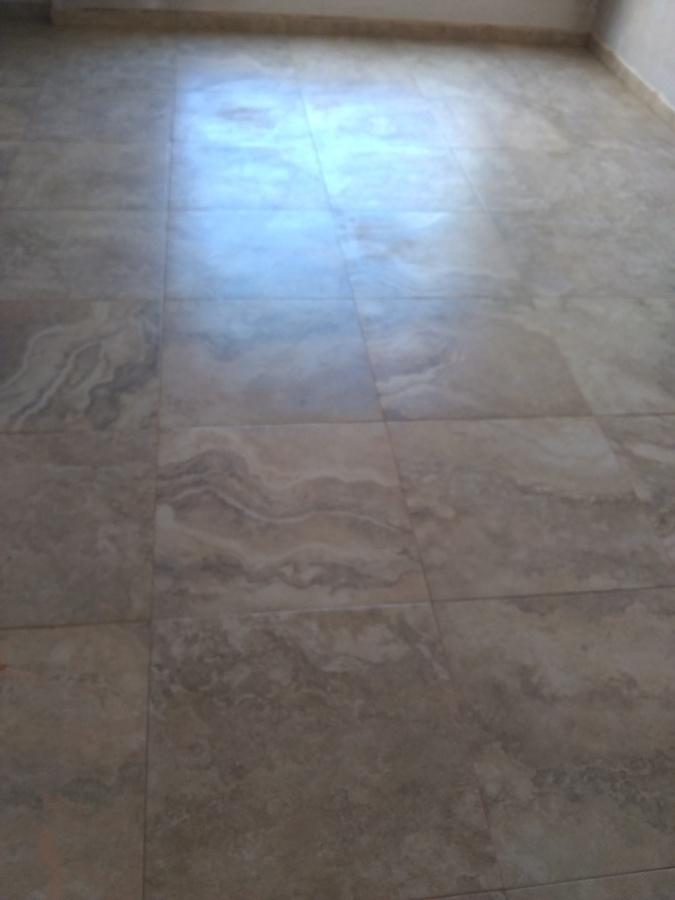 Colocación de piso ceramico importado