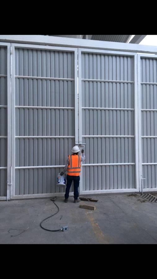 Colocación de portón 9x9 mts