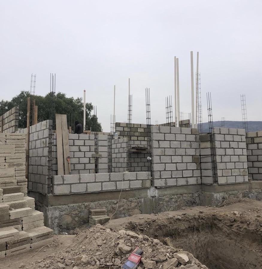 CONSTRUCCION DE CASA DE INTERES SOCIAL