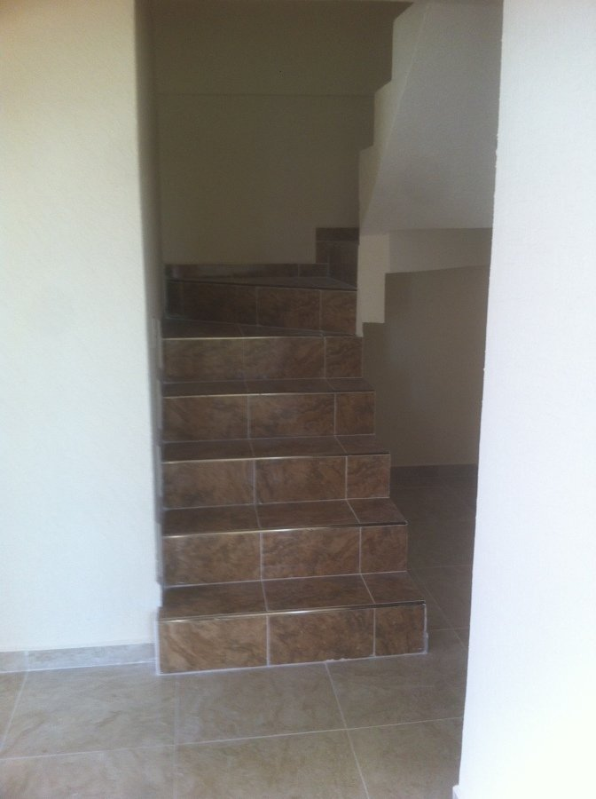 Foto construccion de cubo de escaleras de arquitectura for Construccion de escaleras
