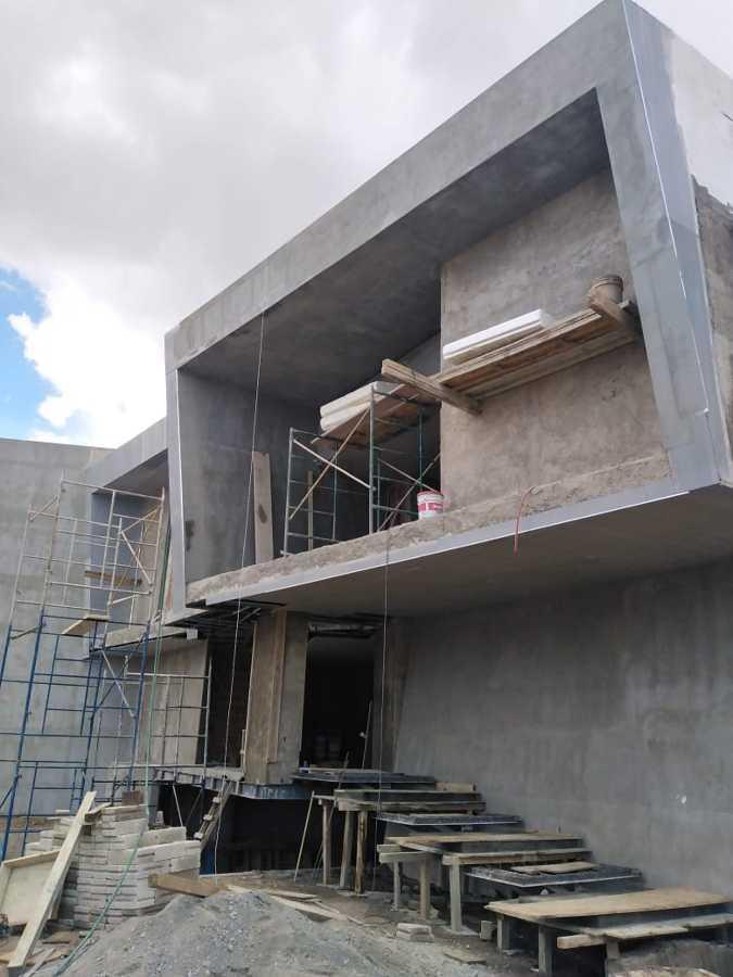 CONSTRUCCION DE FACHADA EN CASA RESIDENCIAL