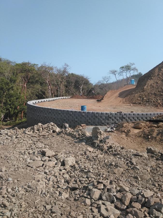 construccion de muro keystone