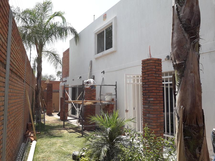 CONSTRUCCIÓN DE PASILLO