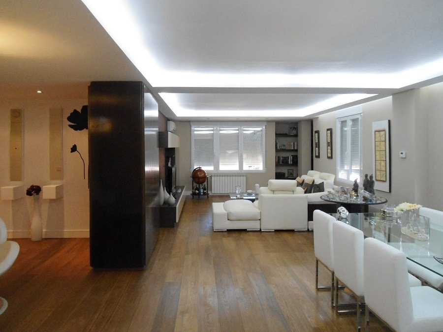 Iluminaci n oculta retroiluminados y luces indirectas ideas electricistas - Cornisa para led ...