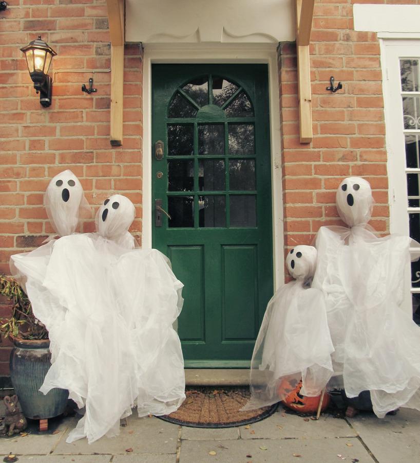 Foto: Decoración de Fantasmas para Halloween en Casa #292976 ...