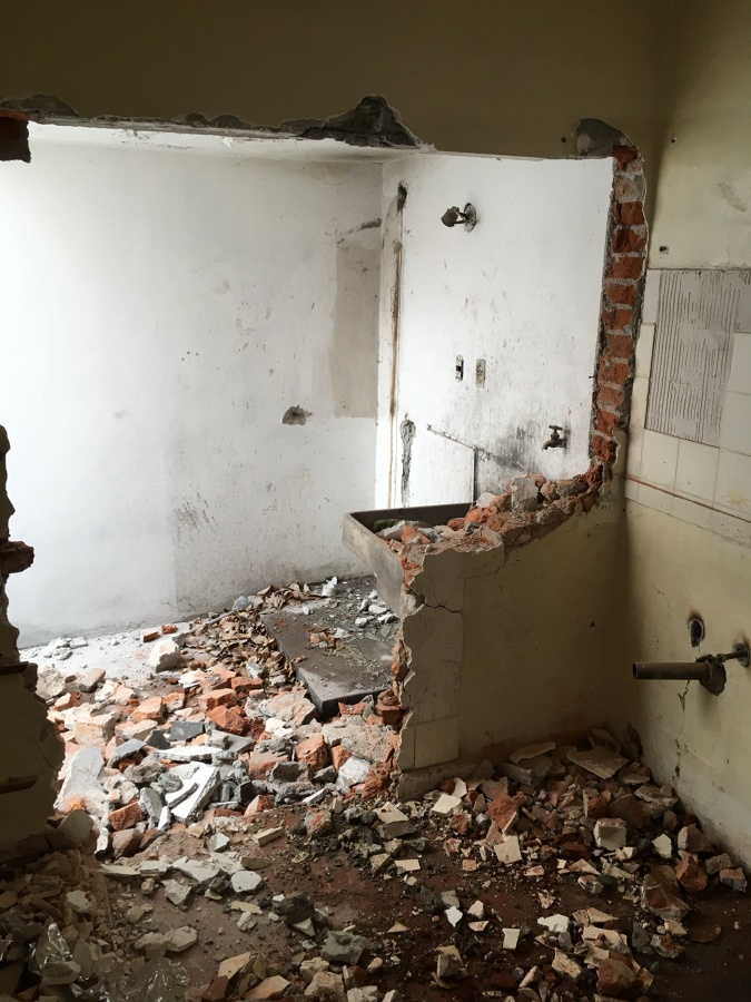 Demolición con recuperación de materiales