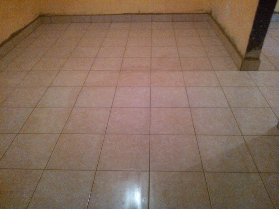 Foto despu s piso loseta cer mica estilo recto de for Ver ceramicas para pisos