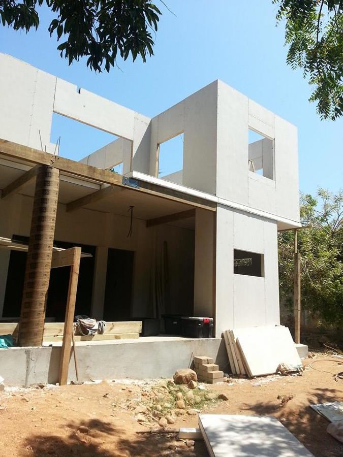 Casa con panel estructural aislado ideas arquitectos for Disena tu casa app