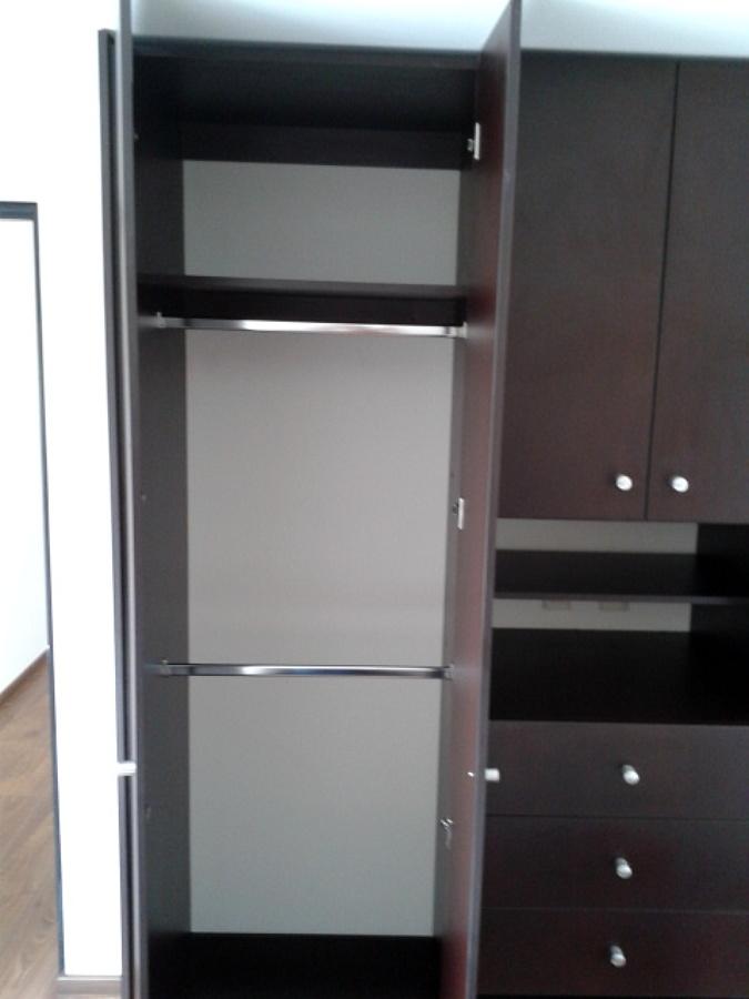 Foto dise o de cocina y closets de reformahogar m xico for Diseno zapateras para closet