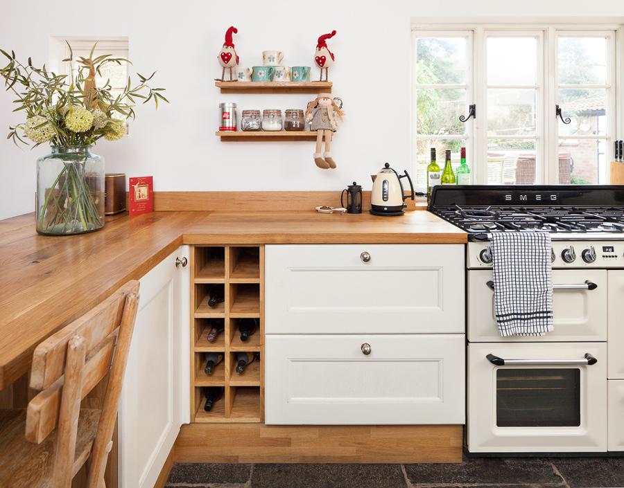 Foto barra de cocina de madera 255186 habitissimo for Barra cocina madera