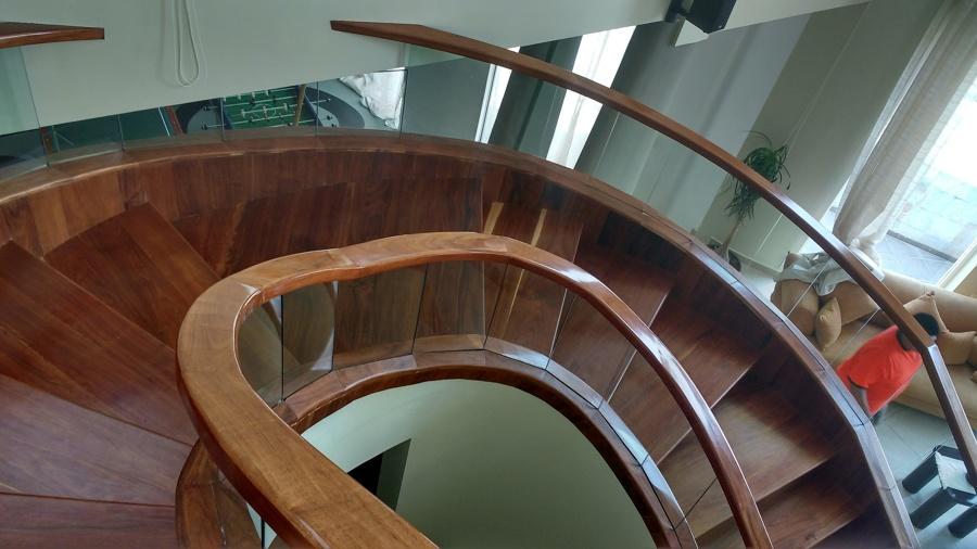 Fotos de pasamanos de madera escaleras martinez de escaleras de madera y de madera artesanales - Pasamanos de cristal ...