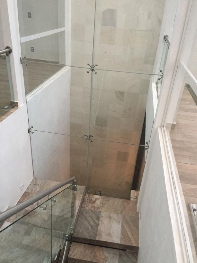 Escaleras segundo nivel