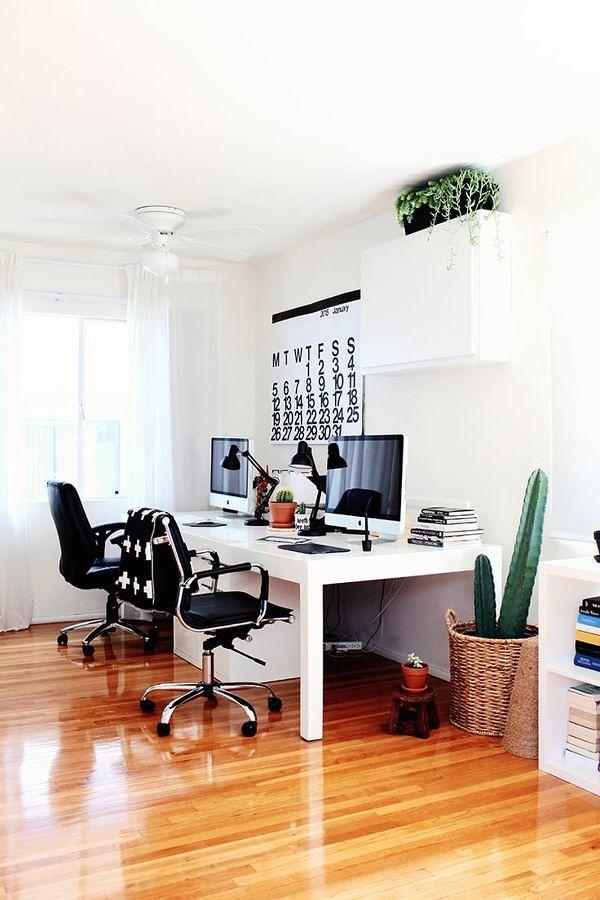 escritorio para dos personas en casa