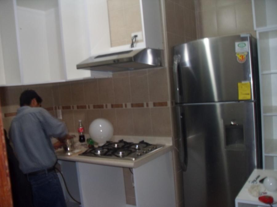 Pin cocinas integrales sobre dise big jpgw pictures on for Cocinas integrales sobre medida
