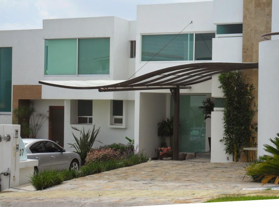 Foto estructura curva de policarbonato y estructura - Casas estructura metalica ...
