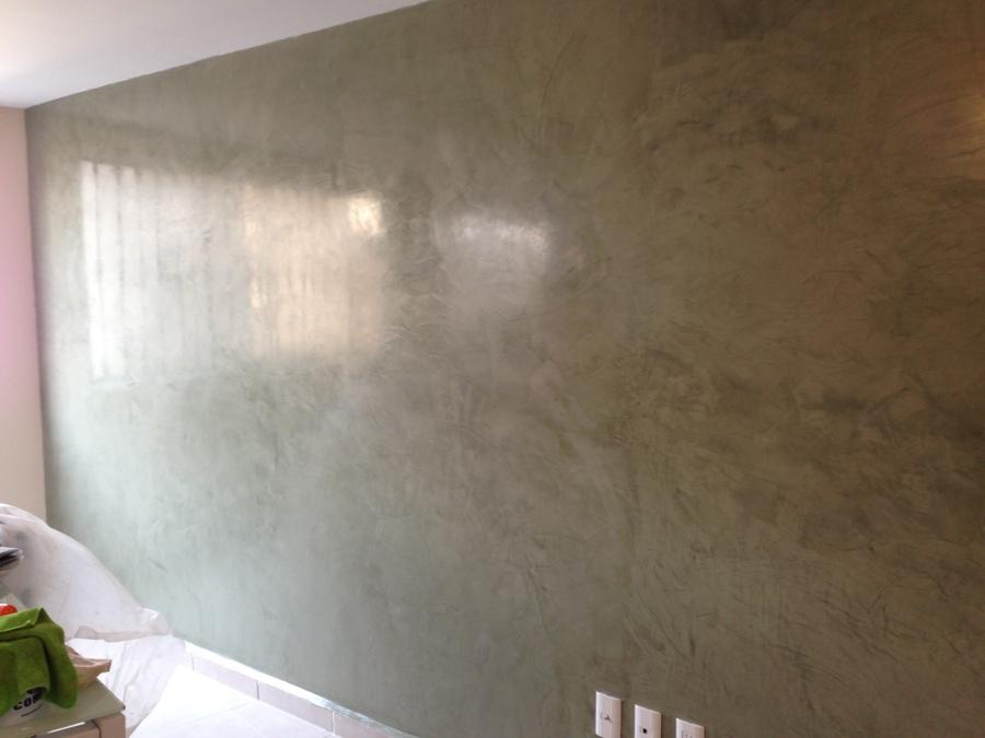 Estuco veneciano belleza y elegancia ideas dise o de - Aplicacion de microcemento en paredes ...