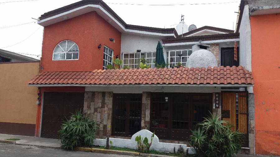Fachadas campestres hotel u suites campestre morelia for Fachadas de casas campestres de un piso