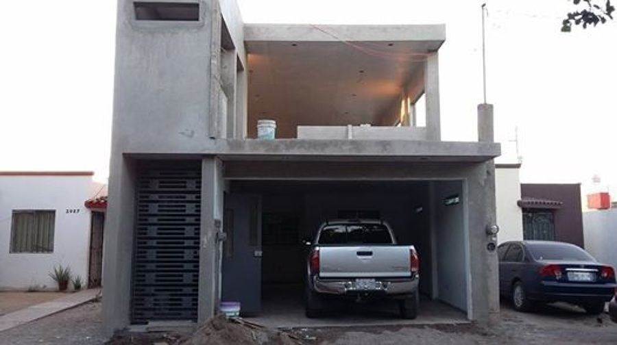 Foto fachada de casa con gym de di interior 85017 for Estudiar diseno de interiores online gratis