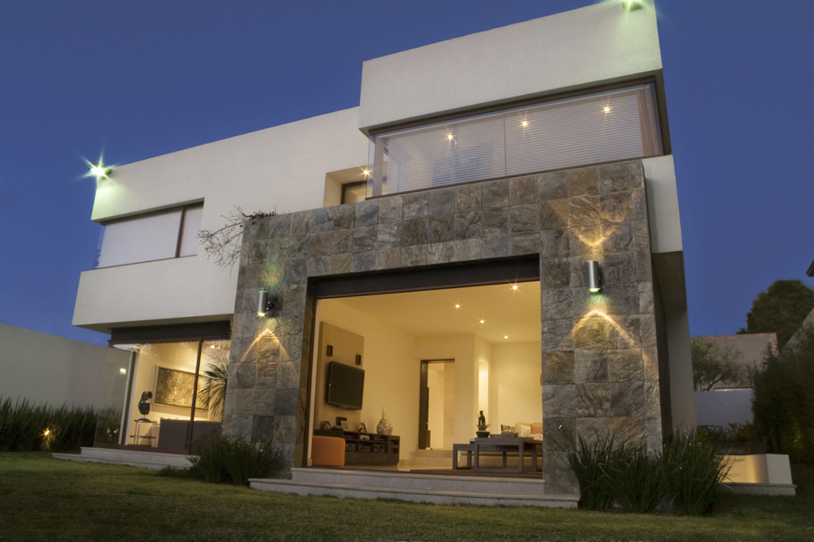 Residencia mangles ideas construcci n edificio for Fachadas oficinas minimalistas