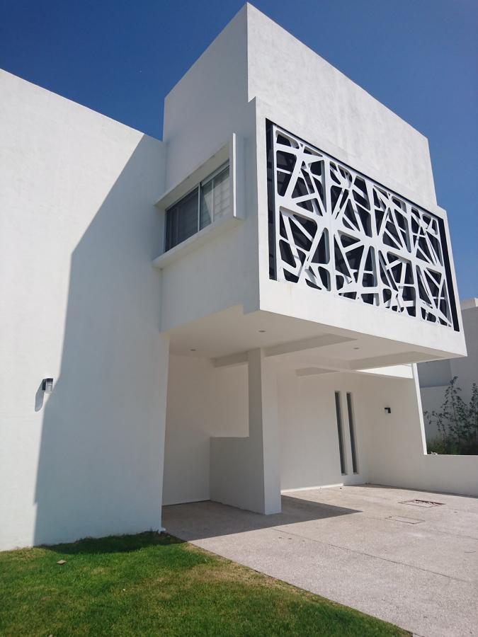 Fachada Principal Proyecto y obra Lomas del Lago, Volumetria en fachada, Juriquilla.