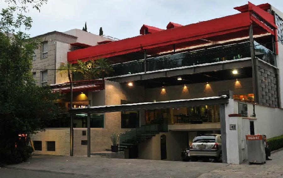 Foto fachada restaurante de gugarso arquitectos 8481 for Fachada para restaurante