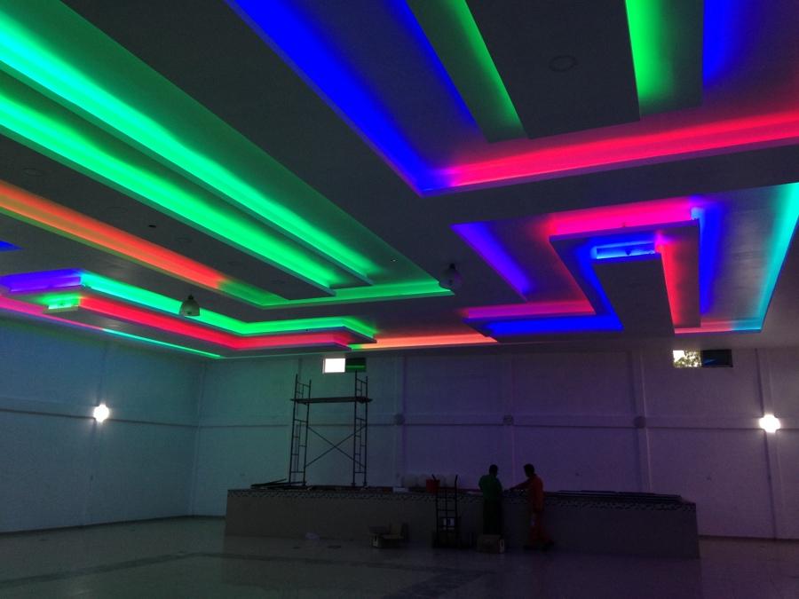Remodelaci n para salon de fiestas ideas dise o de for Plafones de luz de pared