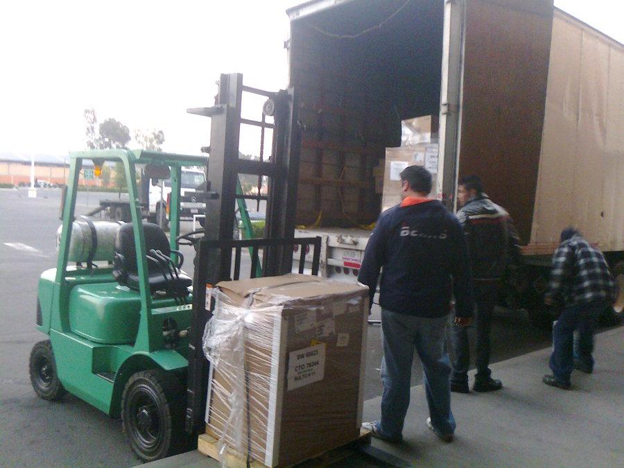 Flete y carga de equipos