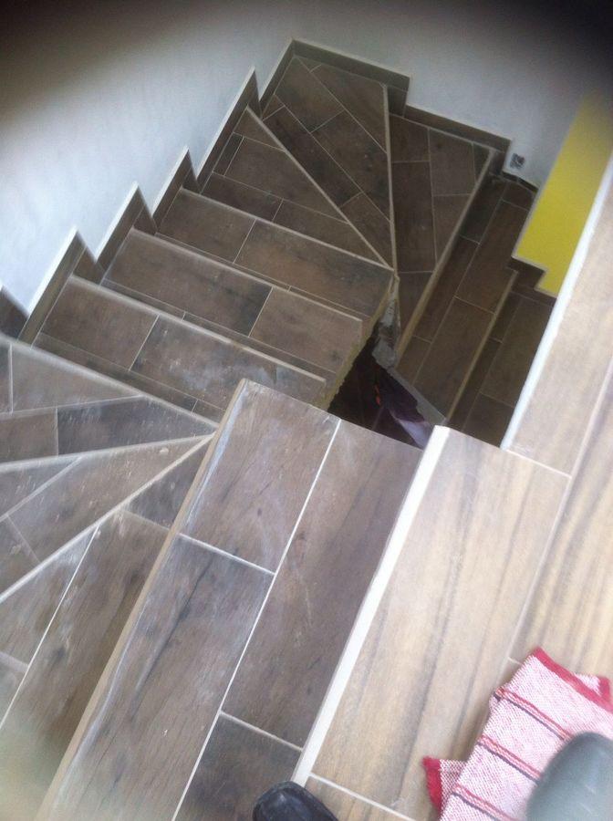 Foto forro de escalera boleado de c g m proyecta for Pisos para escaleras de concreto