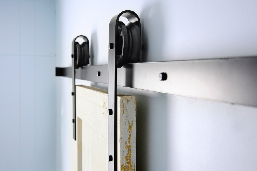 Diy construye tu propia puerta corredera con pal s ideas dise o de interiores - Carrello porta liquori ...