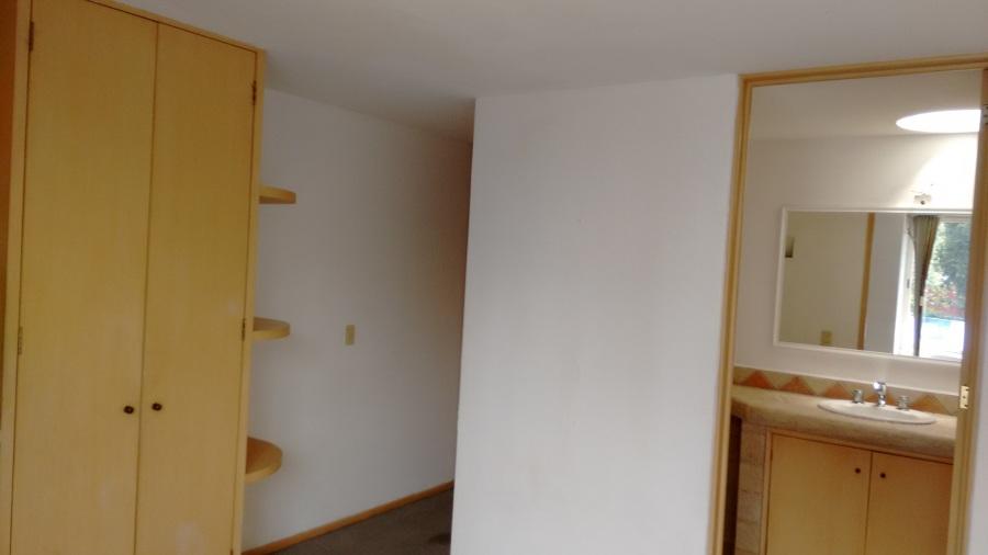 Habitación con 1/2 Baño